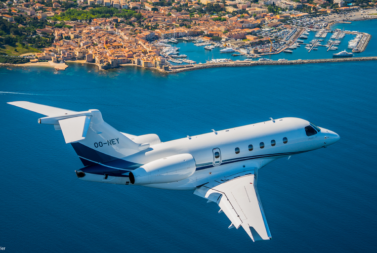ASL establishes a summer base in St Tropez with the Legacy 450